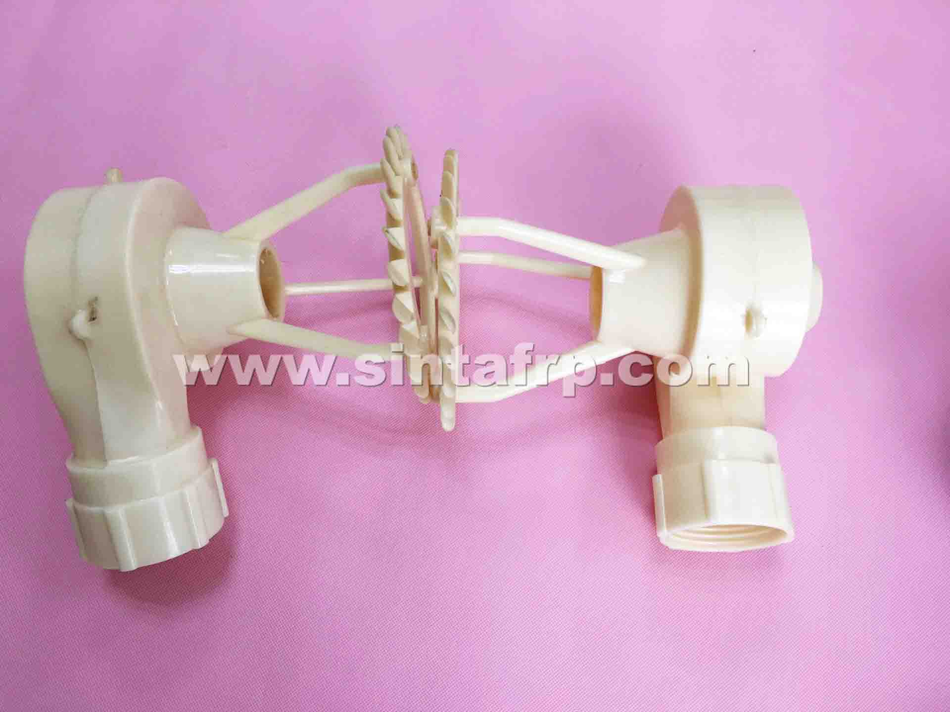 HIGH PERFORMANCE WATER DISTRIBUTION SPRAYER NOZZLE